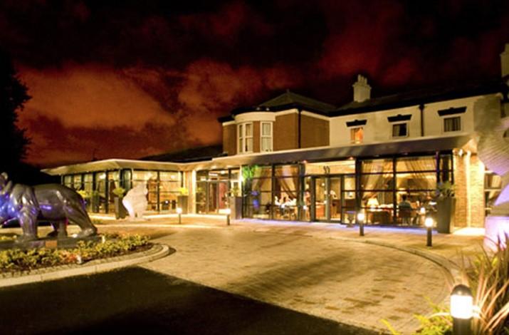 Fir Grove Hotel - Warrington Photobooth Venues